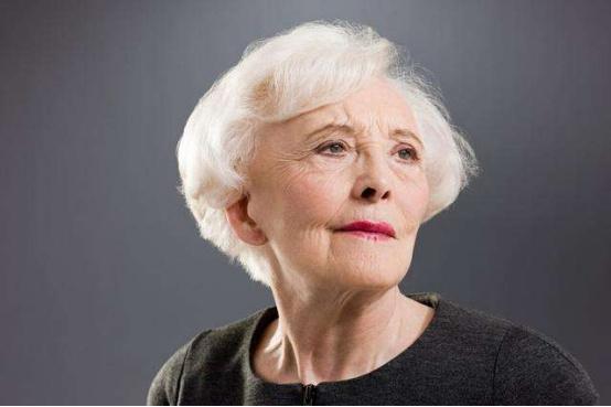 那些身有疾病的老人们,离有尊严的老年生活有多远?